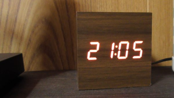 ニトリ 時計 デジタル